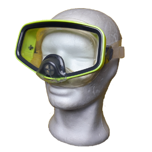 Scuba mask with valve